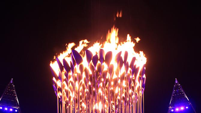 The Olympic Cauldron, designed by Heatherwick Studio was constructed of 204 individual petals each representing every competing nation at the Games. The flaming cauldron provided an enduring symbol of the competition (Heatherwick Studio)