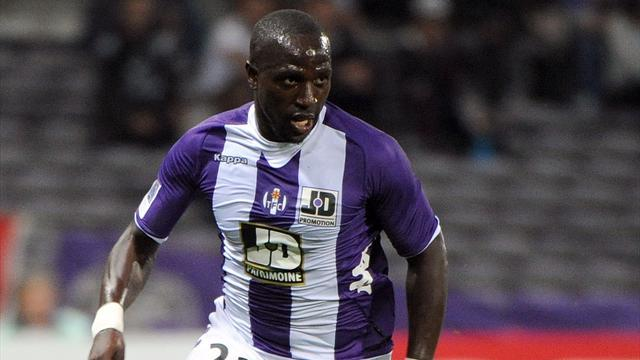 Premier League - Sissoko pens six-and-a-half-year Newcastle deal
