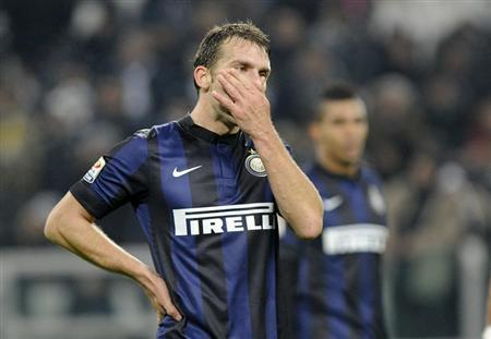 Inter Milan's Hugo Campagnaro reacts at the end of their Italian Serie A soccer match against Juventus in Turin