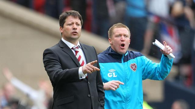 Football - Locke applauds Hearts display