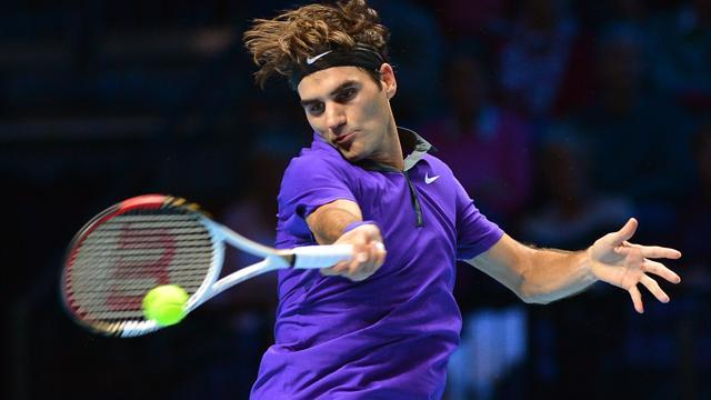 ATP World Tour Finals - Federer beats Ferrer to make semis