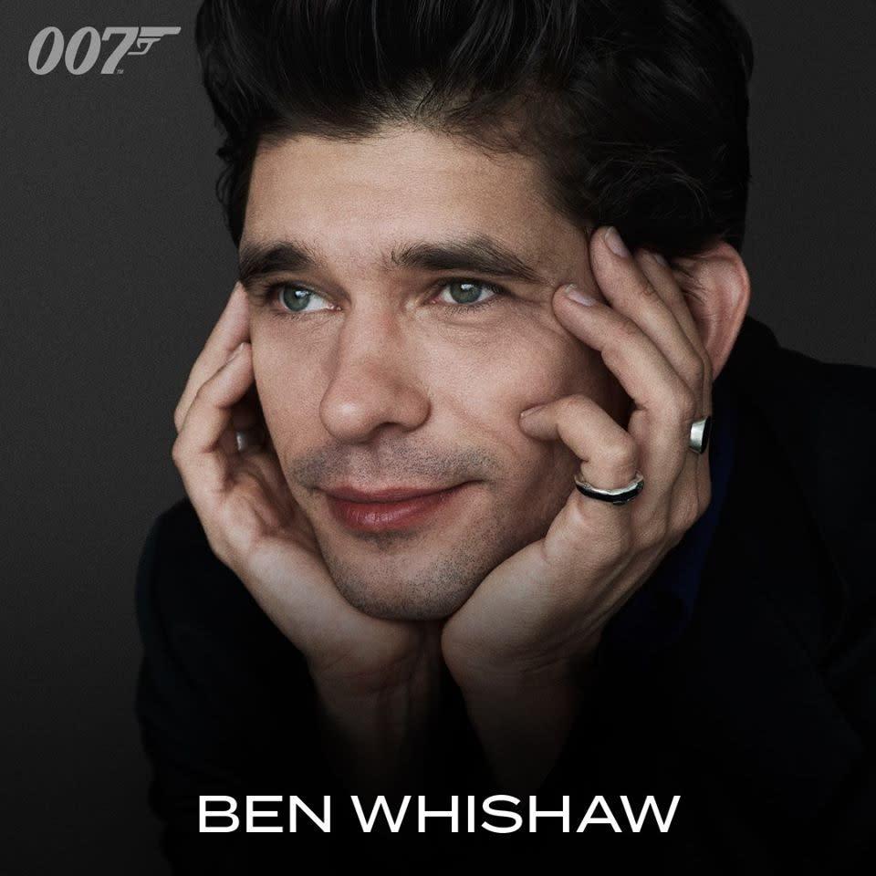 儘管沒有在《007首部曲:皇家夜總會》或《007量子危機》中登場亮相,但班維蕭一派溫文儒雅的氣息,早已在大銀幕上奠定了新一代Q的角色形象。