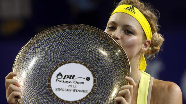 Tennis - Kirilenko ends drought with Pattaya title