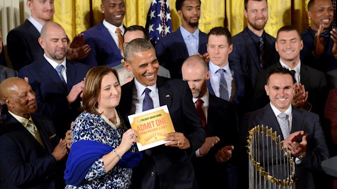 President Obama welcomes the MLB champions Chicago Cubs to the White House