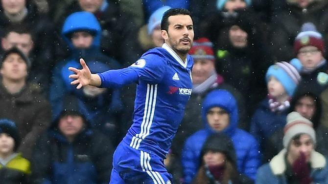 Chelsea 3-1 Swansea: Blues move further clear at the top