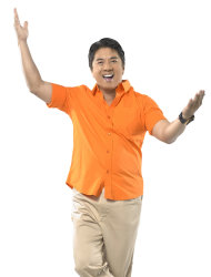 "Willie Revillame is back to noontime programming with ""Wowowillie""."