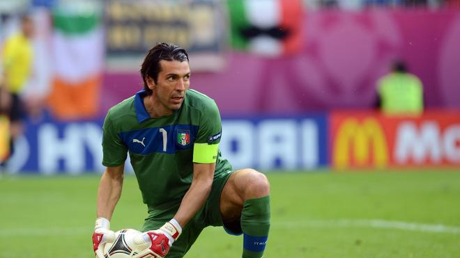 Italian Goalkeeper Gianluigi Buffon Grabs AFP/Getty Images
