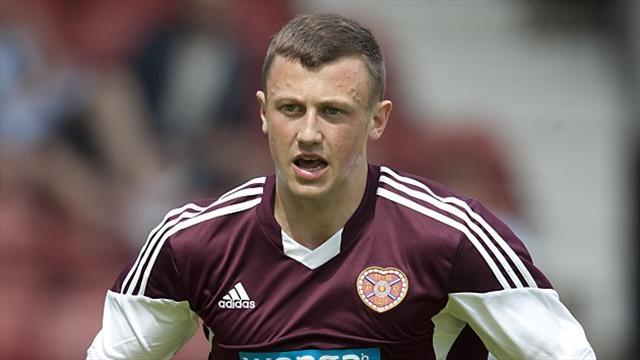 Football - Carrick aims to keep Hearts beating