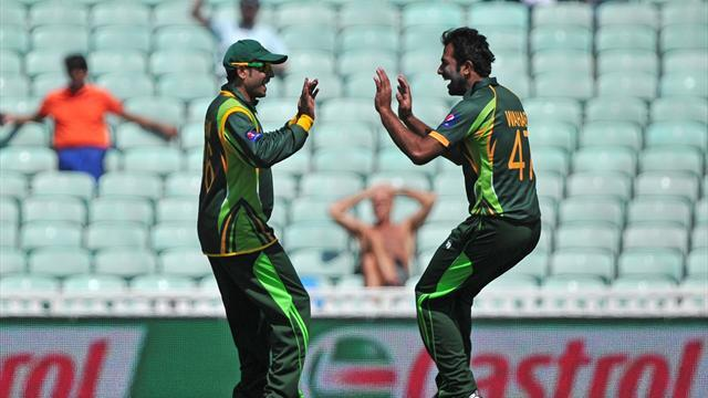 Cricket - Pakistan cruise to victory over South Africa