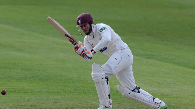 Craig Kieswetter's ton helped Somerset beat Durham by eight wickets