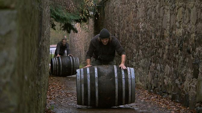 """""""The Amazing Race"""" -- """"Working Our Barrels Off"""""""