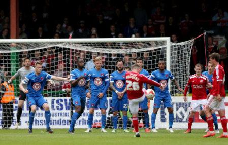 Soccer - Sky Bet League One - Swindon Town v Leyton Orient - County Ground