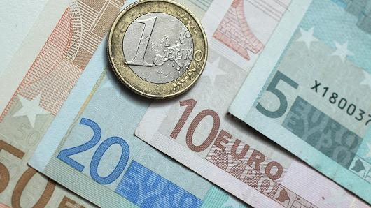 Il super-euro supera quota 1,20