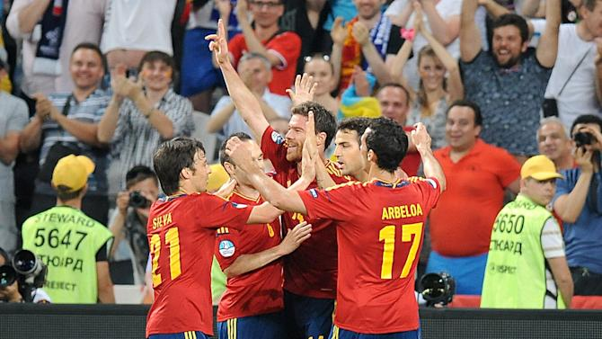 Xabi Alonso (centre) scored in each half as Spain reached the semi-finals at Euro 2012