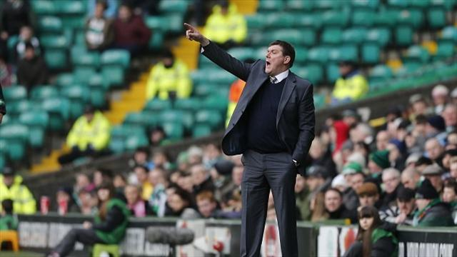 Football - Wright hails players