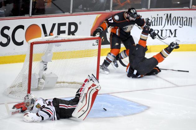 Beleskey scores in OT, Ducks beat Chicago 5-4 in wild Game 5