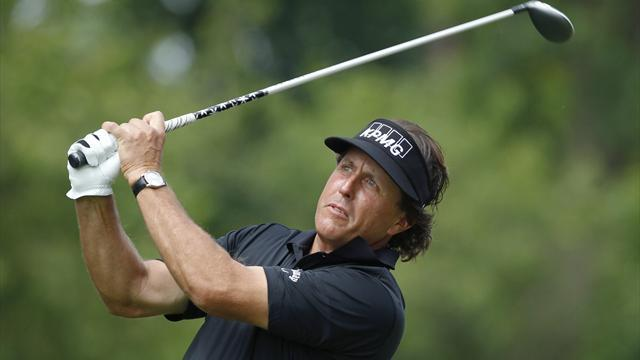 Golf - Mickelson wins Scottish Open after play-off