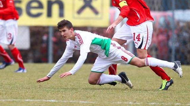 Liga - Barcelona 'sign Hungarian teen sensation'