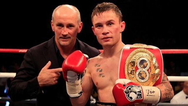 Boxing - Frampton secures second-round knockout against Cazares