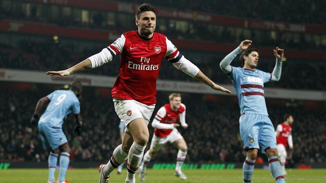 Premier League - Arsenal flurry destroys West Ham