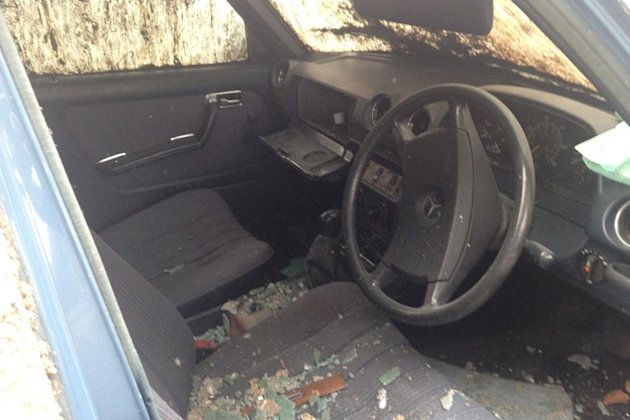 mercedes barn find interior photo