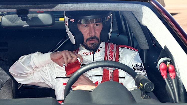 Reeves Keanu Celeb Race