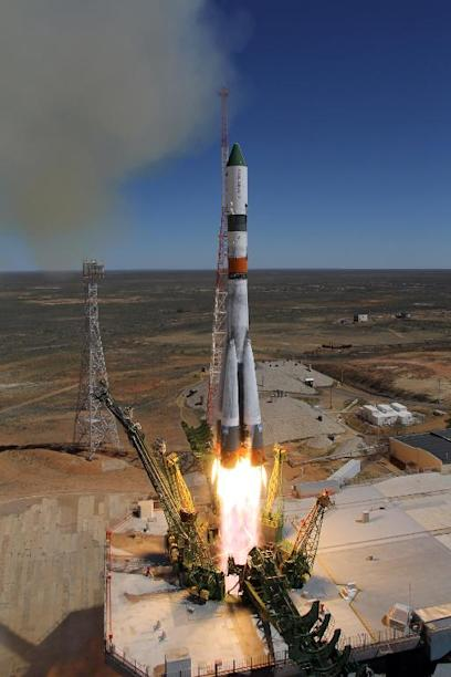 Russia's Progress M-27M cargo ship blasts off from the launch pad at the Russian-leased Baikonur cosmodrome in Kazakhstan on April 28, 2015