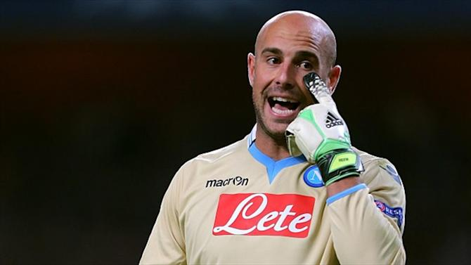 Serie A - Pepe Reina 'to sign three-year Napoli deal on Tuesday'