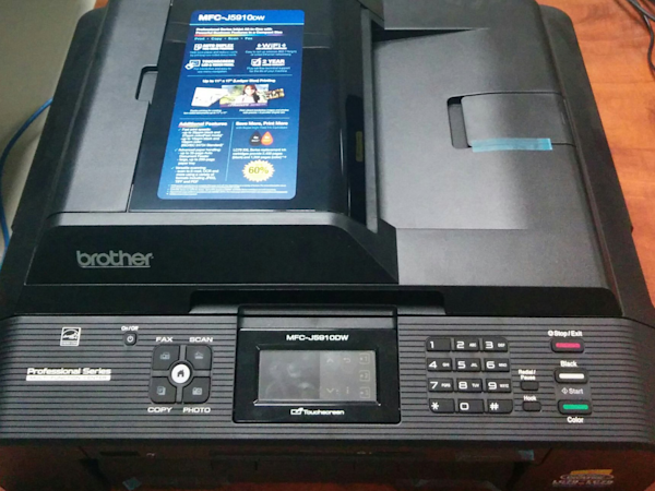 here s how to trick a fingerprint scanner in just 15 minutes with nothing but a printer and some
