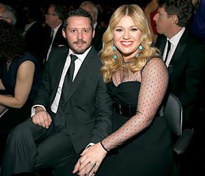 Kelly Clarkson Reveals She's Having a Baby Girl With Husband Brandon Blackstock
