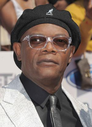 "FILEv - Samuel L. Jackson arrives at the BET Awards on Sunday, July 1, 2012, in Los Angeles. The Spike Video Game Awards announced Thursday, Nov. 29, 2012 that the gaming extravaganza's previous emcees would join ""The Avengers"" star and four-time VGAs host Samuel L. Jackson at the Dec. 7 show.(Photo by Jordan Strauss/Invision/AP, File)"