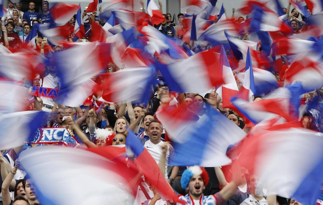 France fans before the match
