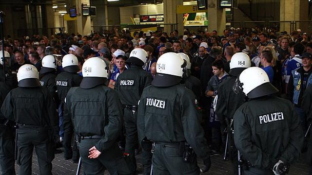 German Bundesliga : About 200 Dortmund, Schalke fans held after clashes