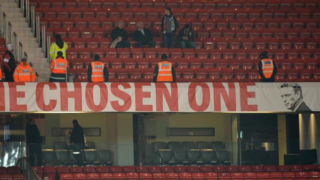 Premier League - Moyes 'Chosen One' banner to remain at Old Trafford