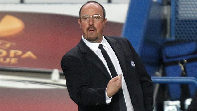 Europa League - Benitez stands by misfiring Torres
