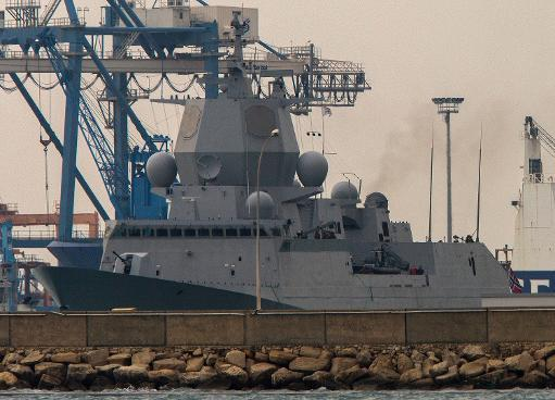 Norwegian frigate Helge Ingstad pulls out of the the port of Limassol in Cyprus as it leaves for waters off Syria on January 3, 2014