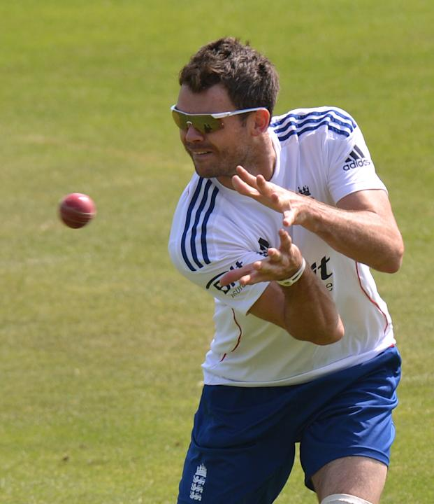 Cricket - Second Investec Ashes Test - England v Australia - England Nets Session - Day Two - Lords