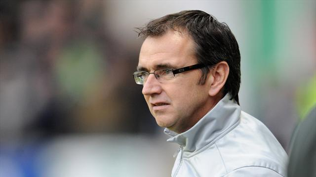 Football - Fenlon wants frustration out of squad