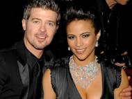 Robin Thicke Takes Off Wedding Ring and Admits His Marriage is Over