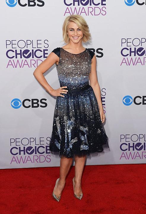 "BEST: Julianne Hough.   The former ""Dancing With the Stars"" pro knows how to rock sequins. She sparkles in a Tony Ward Couture dress and silver Guiseppe Zanotti shoes. Alas, boyfriend Ryan Seacrest co"