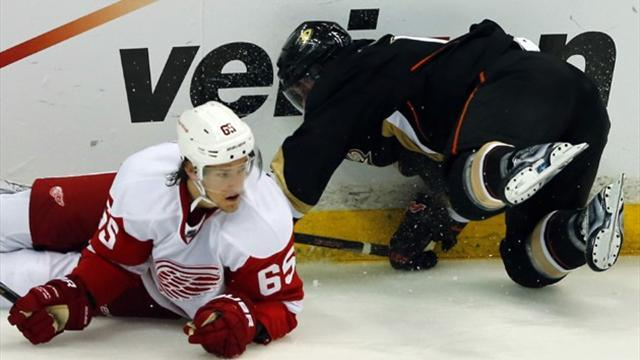 Ice Hockey - DeKeyser out long-term