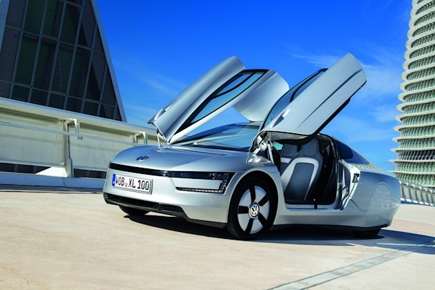 The VW XL1 will be powered by a tiny 800cc diesel engine and a separate electric motor (SWNS)