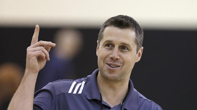 Memphis Grizzlies coach David Joerger supervises a practice during NBA basketball training camp Tuesday, Oct. 1, 2013, in Nashville, Tenn. The Grizzlies are scheduled to hold training camp in Nashville through Saturday