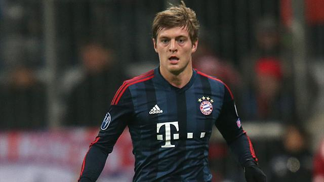 Premier League - Bayern's Kroos 'considering' Manchester United, says brother