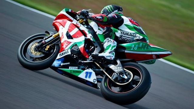 Superbikes - Donington WSBK: Lowes storms to Supersport win