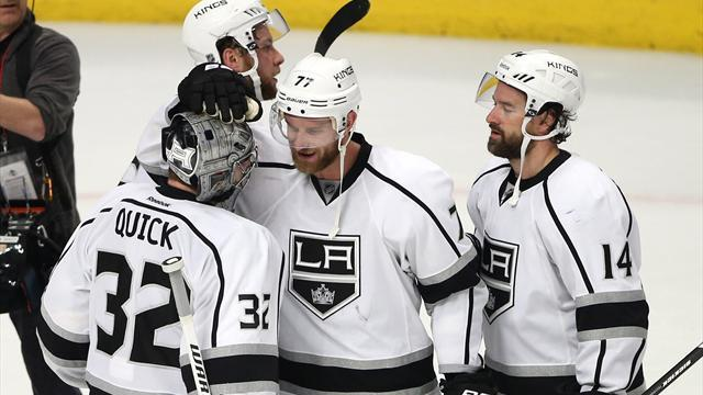 Ice Hockey - Kings top Blackhawks to even Western Conference Finals
