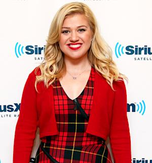 """Kelly Clarkson Revealed She Wants to Have Babies """"Right Off the Bat"""" After Marrying Brandon Blackstock"""