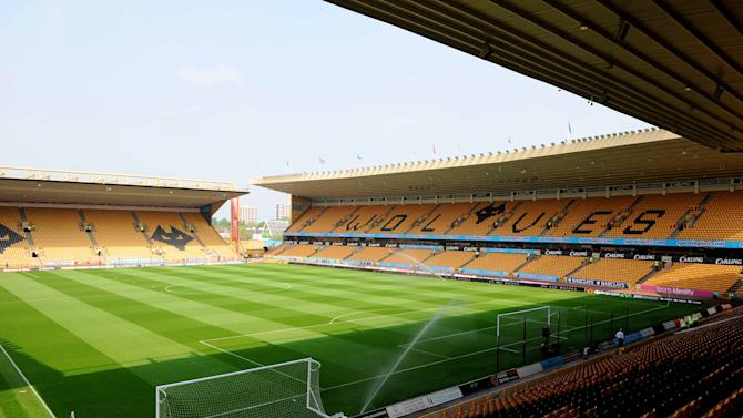 Regan Upton, 16, has moved to Molineux from Burton