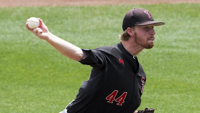 Texas Tech's 1st CWS appearance ends with 2-1 loss