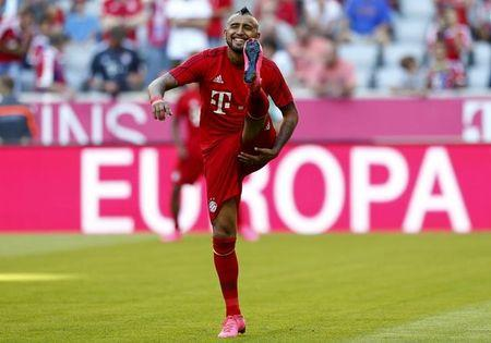 Bayern Munich's Vidal warms up before his German first division Bundesliga soccer match against his former team Bayer Leverkusen in Munich